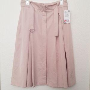 BNWT Zara Basics tan pleated skirt with belt